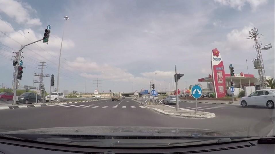 ריבוי נתיבים וסימני דרך בכביש 40